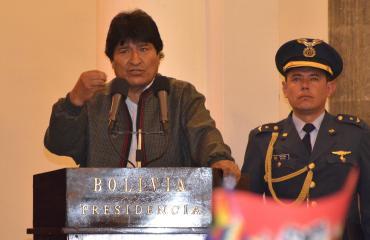 Morales subraya vocación de su gobierno de regularizar relaciones en EEUU