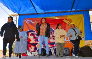 Vecinos de Alto Ciudadela participan en la Feria Comunicando el Cambio