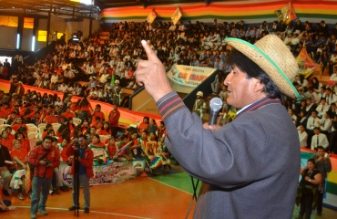 BOLIVIA: Presidente boliviano pide a jóvenes propuestas para fortalecer la lucha contra la discriminación